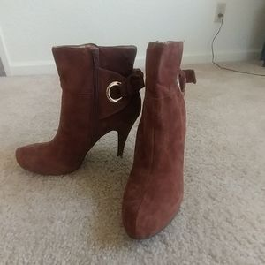 Ladies 2 inch ankle boots